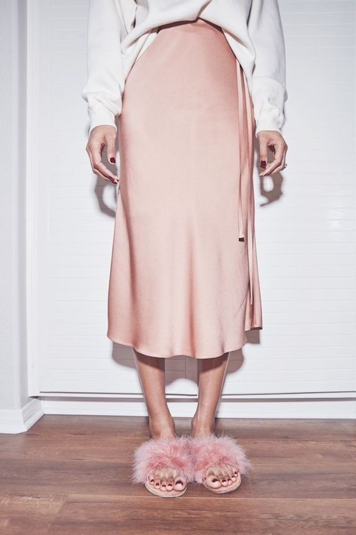 Spring Summer Style Cool Way To Wear Furry Slide Sandals Crewneck Sweater Silk Pink Skirt Via Brother Vellies Le Fashion Blog @sommerswim