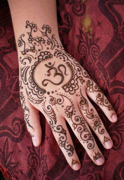 Mehndi Henna Symbols : Best back hand mehndi designs for any occasion