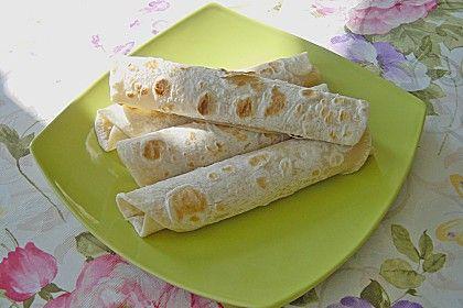 http://www.chefkoch.de/rezepte/96741038239463/Weizenmehl-Tortillas.html