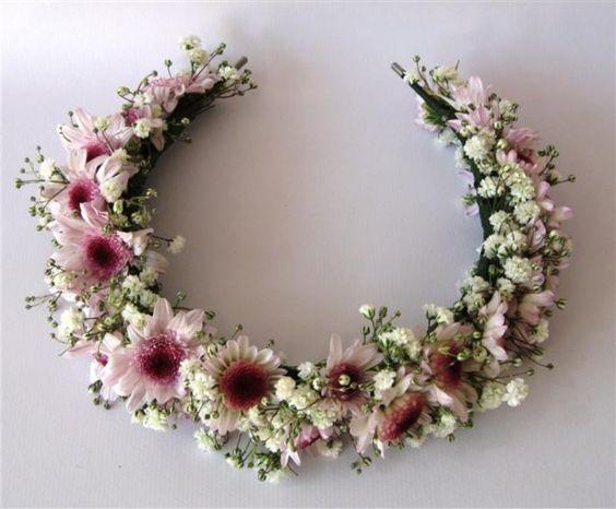 como fazer arranjos de flores para cabelo - Pesquisa Google