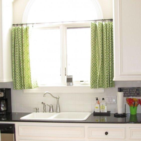 küchenvorhänge-küche-gestalten-gardinen-ideen