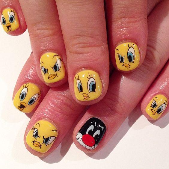 Tweety Bird & Sylvester Cat art nails #avarice #kayo  #Looneytunes / nailsalonavarice