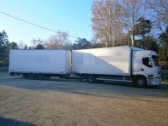 Ensemble camion remorque Fourgon avec parois et toit rigide Renault Premium d'occasion