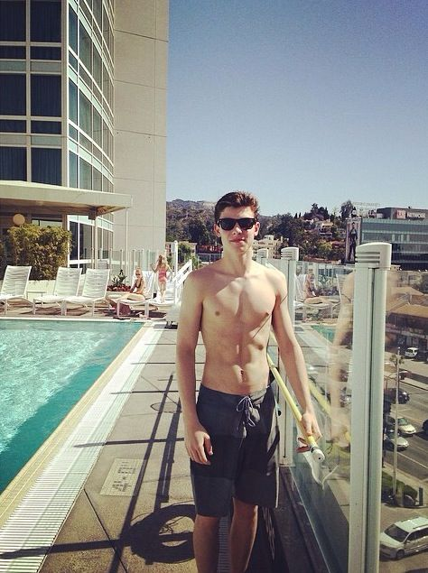 pics for gt shawn mendes abs