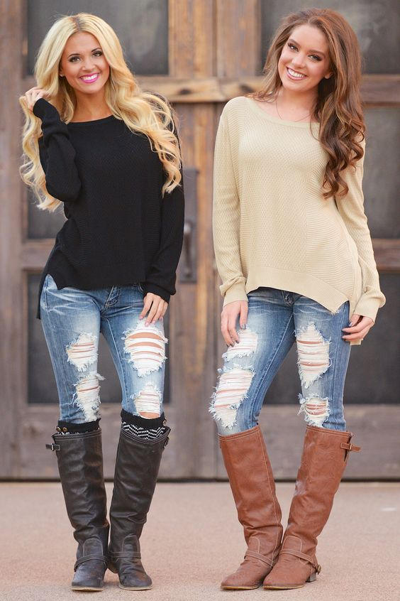 Both looks are simple and so me:) Jeans boots and a simple tee