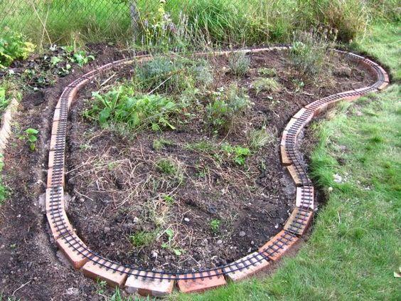 Garden railway kids pinterest gardens starting a for Garden railway designs