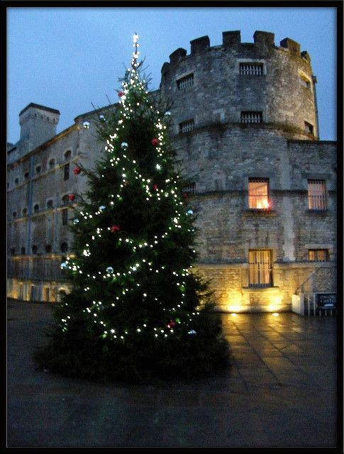 Christmas at Oxford Castle http://imgsnpics.com/christmas-at-oxford-castle/