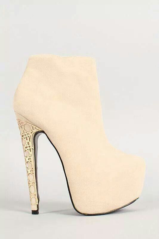 White high heel ankle bootswith accent gold | High heels high