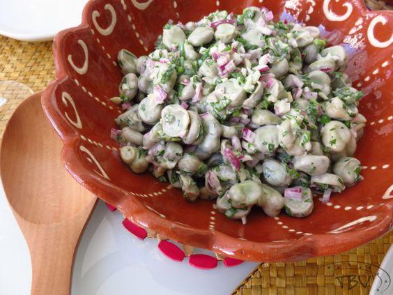 Salada de Favas com Iogurte Grego