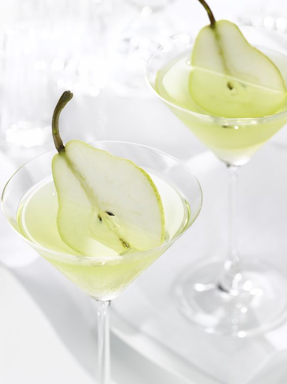Share this Sparkling Pear Martini with Friends | Recipe | Pears ...
