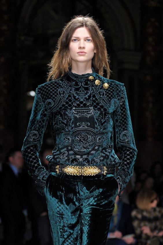 Lavish & luxe > photo 1855188 > fashion picture