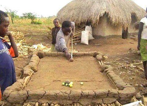 Cuando no hay recursos hay que ver lo que puede el ingenio.  Hal Carim - Google+ - African Creative and Ingenious Down-Home Solutions to…