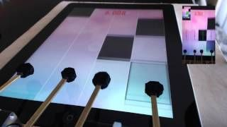 Guy beats piano tiles record with robots. https://t.co/RVd6S5Kplv via @SlightlyNaked #hilarious https://t.co/WnyiZjrByW