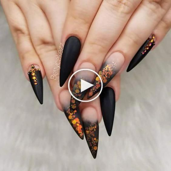 Ongles In 2020 Flower Nail Designs Stiletto Nails Designs Stiletto Nail Art