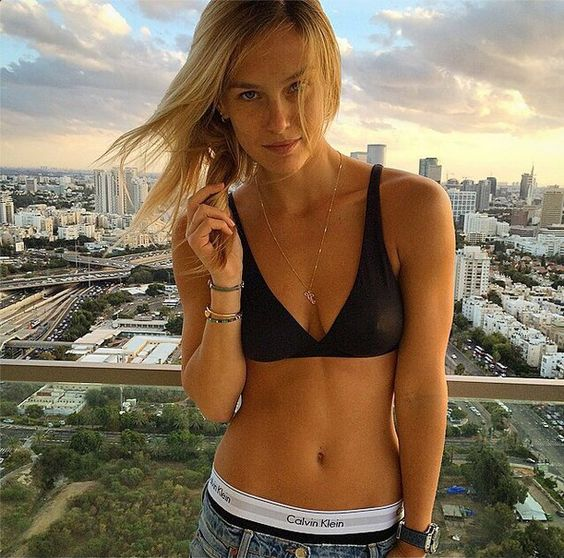 Pin for Later: Feast Your Eyes on the Sexiest Instagrams of 2014 Bar Refaeli