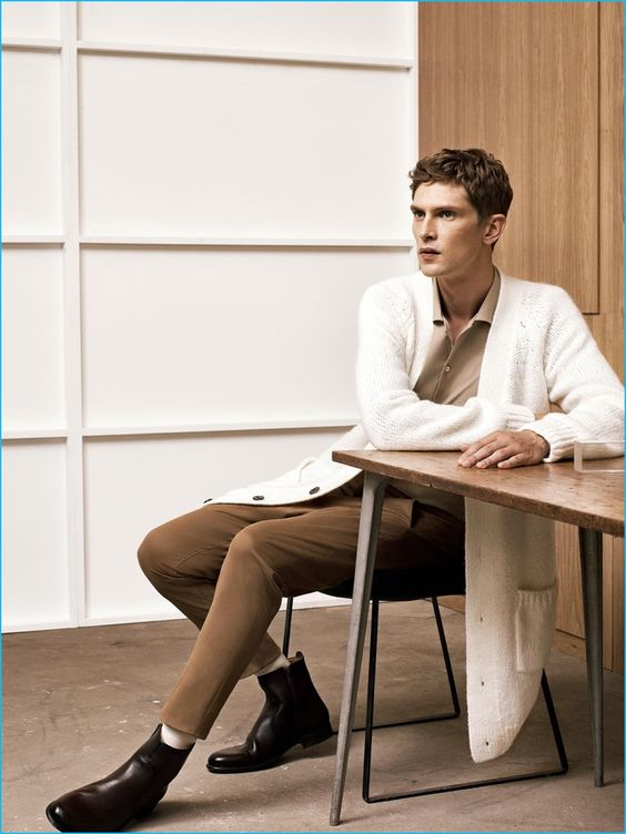 Mathias Lauridsen wears quite the statement piece with an elongated knit…