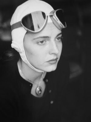 Ruth Orkin: White Photography, Florence Italy, Goggles Florence, Vintage Photography, Black White, Orkin Photography, Florence 1951, Orkin Jinxingoggles, American Girls