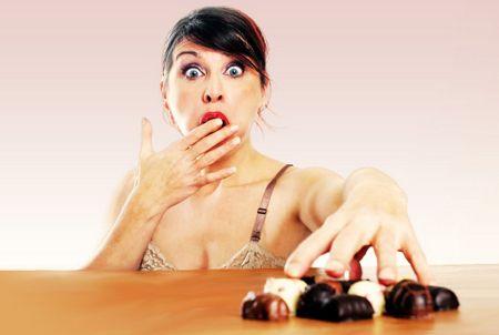 Pas de panique ! Le chocolat est bon pour la santé (avec modération, bien sûr). Il est anti-dépressif, anti-oxydant, il stimule le cerveau et protège des maladies cardiovasculaires.