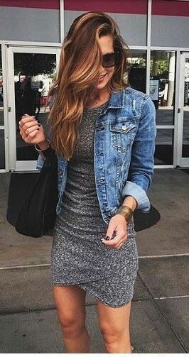 Gray dress, Jean jacket                                                                                                                                                                                 Mais