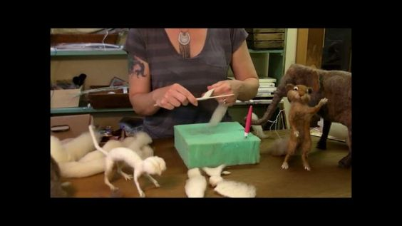 BEGINNERS: Episode #3: Begin SCULPTING by SARA RENZULI - (SarafinaFiberArt) -- May 30, 2013 -- [14.59 minutes]