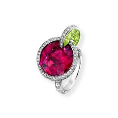 White gold Peridot Diamond Ring Cosmo--this would be so nice for a 21st birthday gift! Need to remember for Little Lauren!