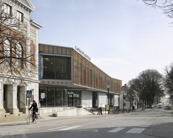 Komedianten Cultural Center,© Max Plunger