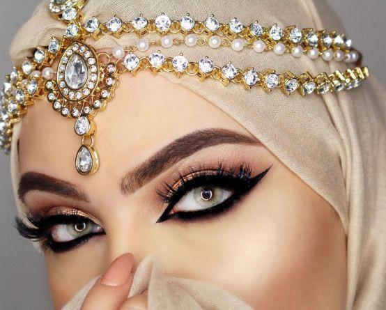Hijab style <3 Pinterest @adarkurdish | Arabic eye makeup, Arabic eyes, Arabian  makeup