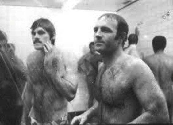 HIT THE SHOWERS: Furballs John Beck and James Caan in