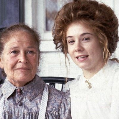 Marilla and Anne at Green Gables, played by Colleen Dewhurst and Megan Follows.: