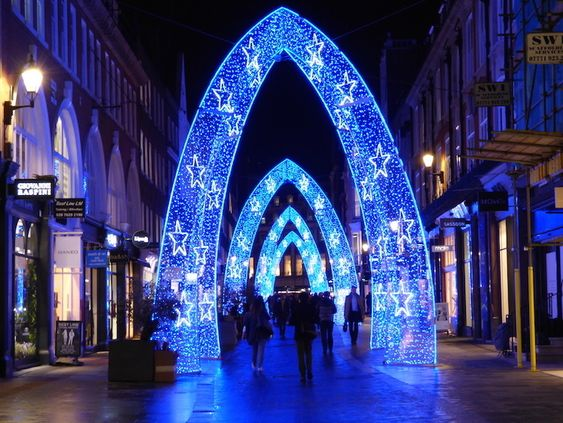 South Molton Street Christmas Lights 2018 How To See London S Christmas Lights By Bus London Christmas Christmas Lights London Christmas Lights