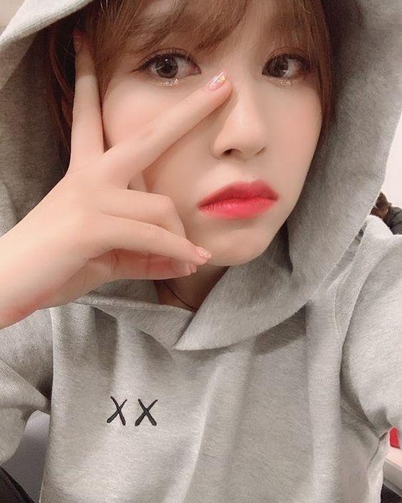 Twice-Mina 181225 @twicetagram