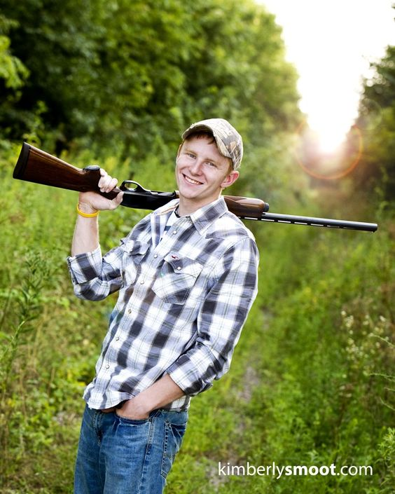 Senior Picture Ideas In The Country: Senior Picture Ideas For Guys