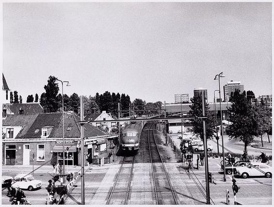 Geheugen van west sloterdijk overweg en station oud for Bakkerij amsterdam west