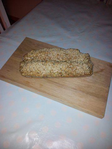 Das perfekte Würziges Brot-Rezept mit Bild und einfacher Schritt-für-Schritt-Anleitung: Backofen auf 180 Grad vorheizen. Alles ausser Ei und Sesam zu…