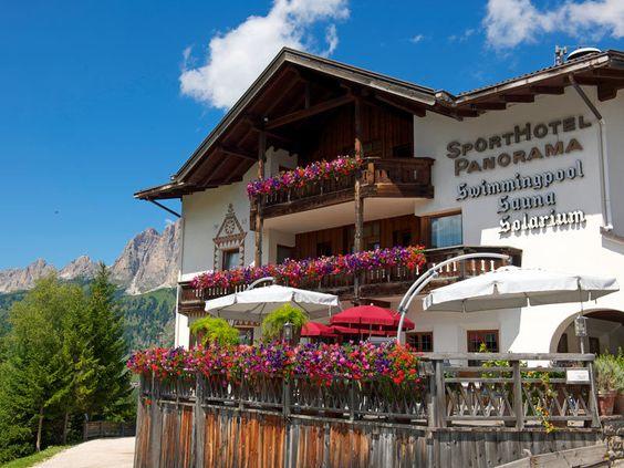 Sporthotel Panorama in Corvara Alta Badia in den Dolomiten Südtirols http://www.sporthotel-panorama.com