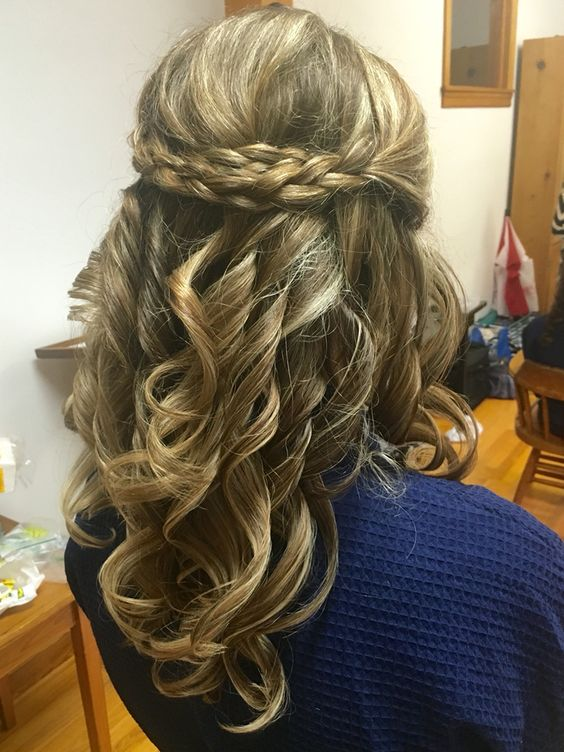 Double braid with long curls by Holly at The Prissy Hippie