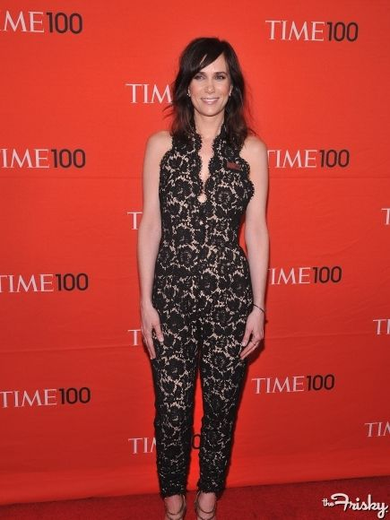 Kristen looks comfortable and cute in this Stella McCartney romper.