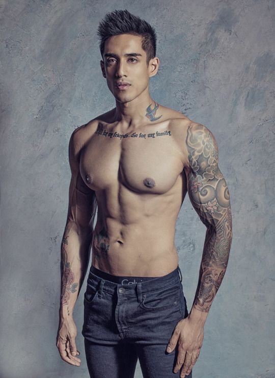 Male Body Art! #plomperg