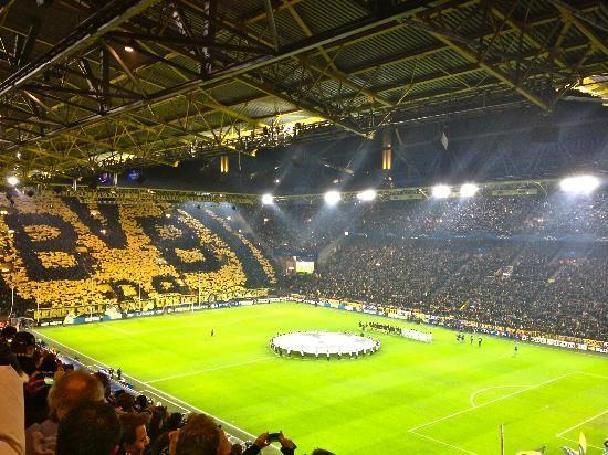 borussia dortmund westfallen stadium germany est dios de futebol do mundo world soccer. Black Bedroom Furniture Sets. Home Design Ideas