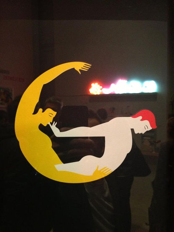 Gay Bar Logo 107