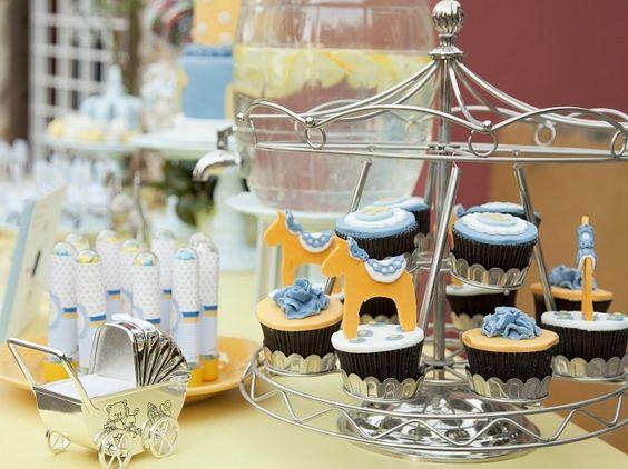 Amo este carrossel de cupcakes!!!