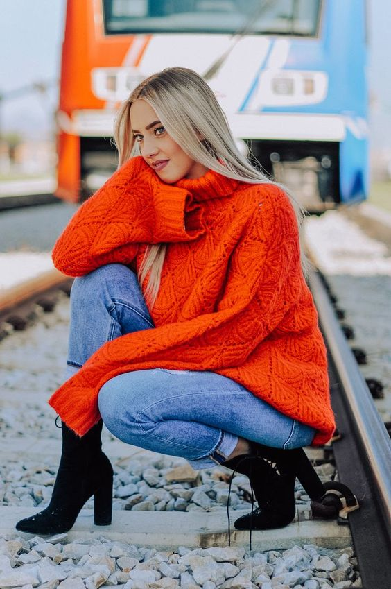 Chunky turtleneck sweater. Red Turtleneck Sweater. Chunky sweater. Oversized sweater. Oversized chunky sweater. Dew Clothing Boutique