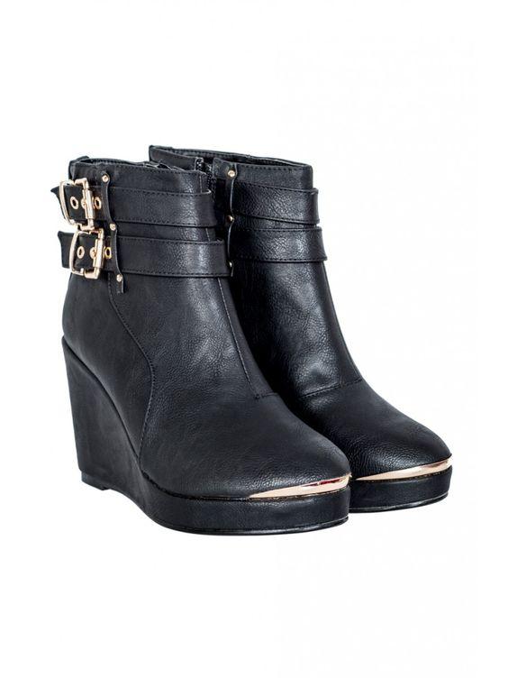 Select Fashion | Black Metal Toe Wedges | Size 3 | Size 3