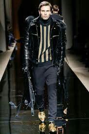 Men moda pasarela Milán.