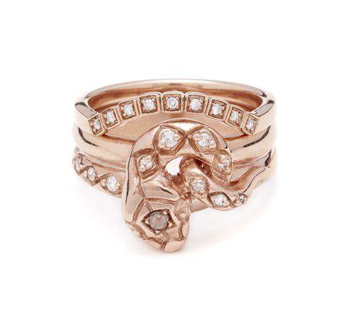 Pin for Later: Vous Allez Vouloir une Bague de Fiançailles Rose Gold Après Avoir Découvert Celles-ci!  Anna Sheffield Bague Rose Gold Serpent (3,100€)