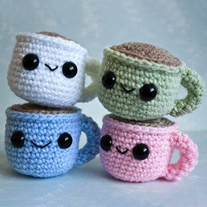 How cute are these?! Little crochet/knitted coffee cups with coffee.