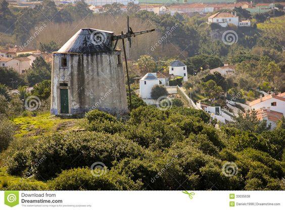 Alte Windmühlen. Obidos. Portugal Lizenzfreie Stockfotos - Bild: 33035638