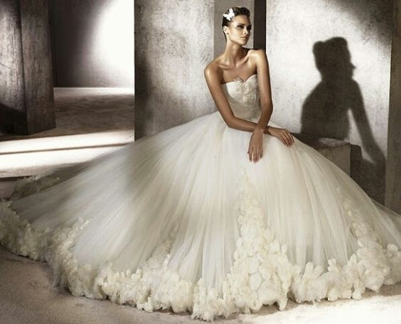 Huge Ball Gown Wedding Dresses Photo Album - Weddings Pro