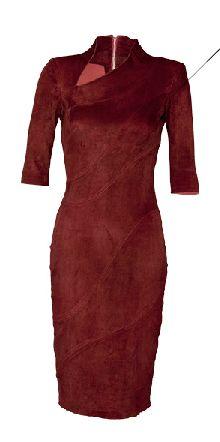 Robe en cuir d'agneau rouge