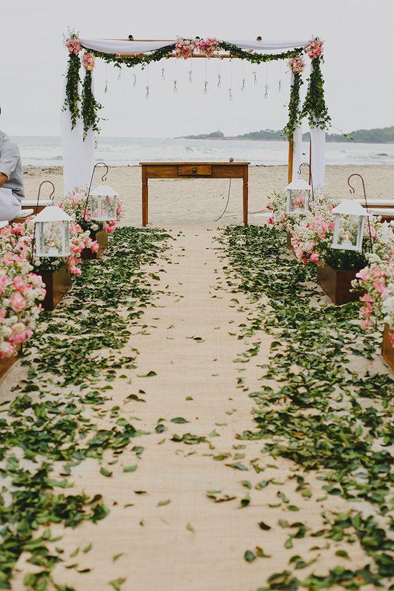 Dalila & Filipe - Casamento na Praia - uma cerimônia lindíssima fotografada pelo talentoso Rafael Canuto que você curte só aqui na Noiva de Botas: